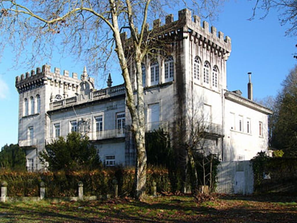 Villa de lujo mansion espa a lugo lugo venta en espa a for Villas de lujo en madrid